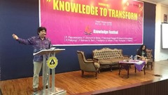Rektor Unika, Prof Budi Widianarko menjadi keynote speaker dalam seminar Knowledge to transform, sebagai acara pembuka Knowledge Festival, di ruang teater, Gedung Thomas Aquinas, Unika, Selasa (29/3/2016).